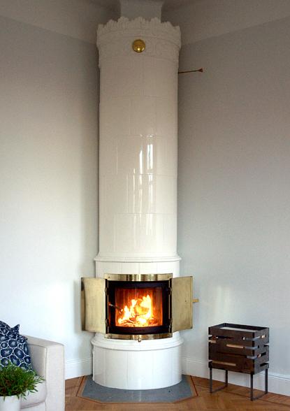 schwedischer kachelofen kungsholm brusch ofenbau. Black Bedroom Furniture Sets. Home Design Ideas